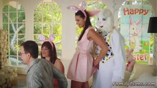 Hot mom and cronys daughter xxx Uncle Fuck Bunny