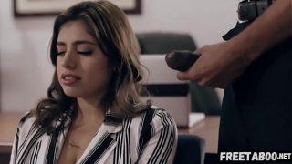 Psychiatrist Manipulates Girl Afraid Of Sex Into Having Sex With Him! Ella Knox